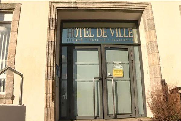 Mairie d'Aizenay en Vendée