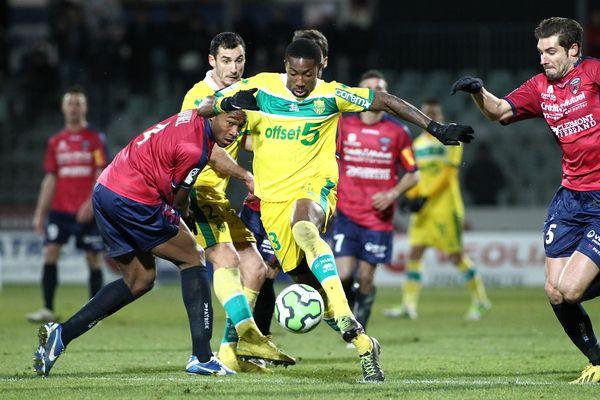 Football - Ligue 2 - Le Clermont Foot Auvergne s'est incliné 1 but à 0 devant le FC Nantes au Stade Montpied à Clermont, le 11 décembre 2012