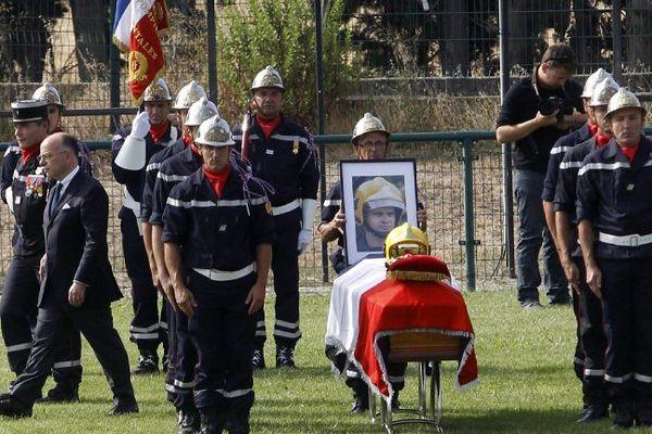 Hommage national rendu au pompier Bruno Collard à Pézilla-la-Rivière le 20 juillet 2016