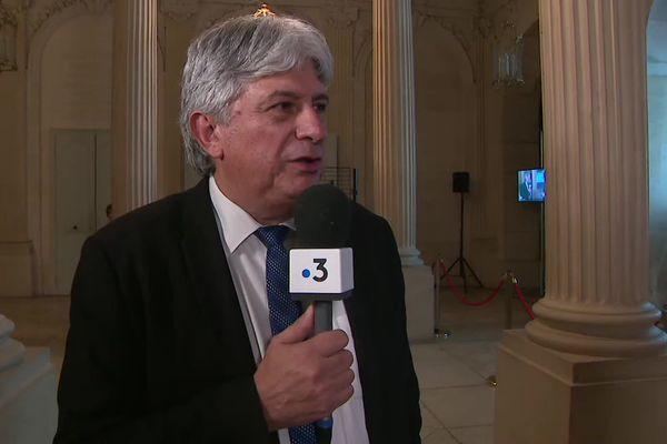 Hervé Féron, maire de Tomblaine, explique les raisons de sa vidéo coup de gueule contre le gouvernement sur sa gestion de la crise sanitaire liée au Covid-19.