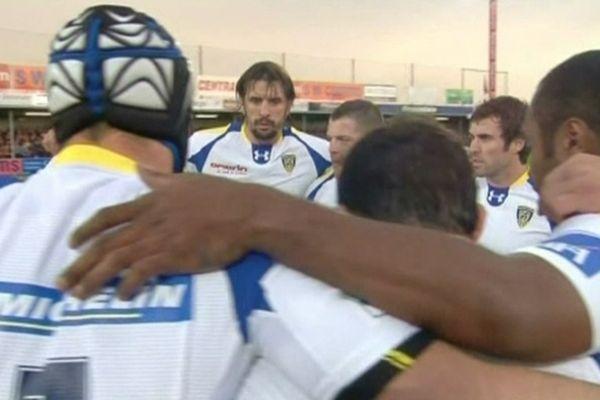 Avant la rencontre contre les Chiefs d'Exeter, les joueurs de l'ASMCA sont soudés
