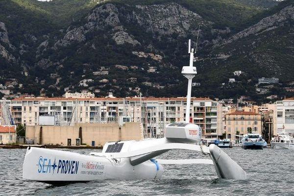 Le drone marin Sphyrna en mission scientifique au large de Toulon