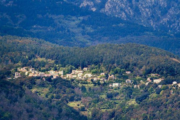 San Gavinu di Fium'Orbu, , à près de deux heures de tout centre hospitalier avant l'ouverture de l'antenne de Ghisonaccia