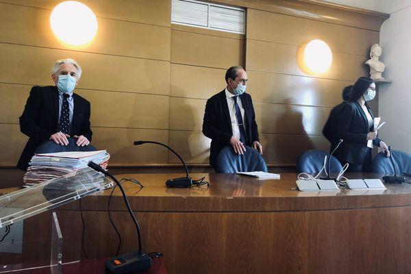 Les juges du tribunal administratif s'apprêtent à entendre le rapporteur public.