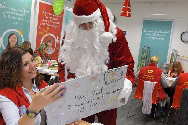 Au secrétariat du Père Noël, à Libourne.