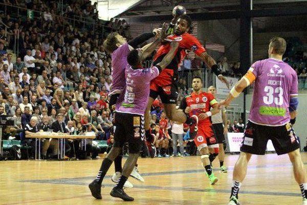 Gregory Martin lors du match de handball entre Mulhouse MHSA et Cherbourg à Mulhouse le 27 Mai 2015