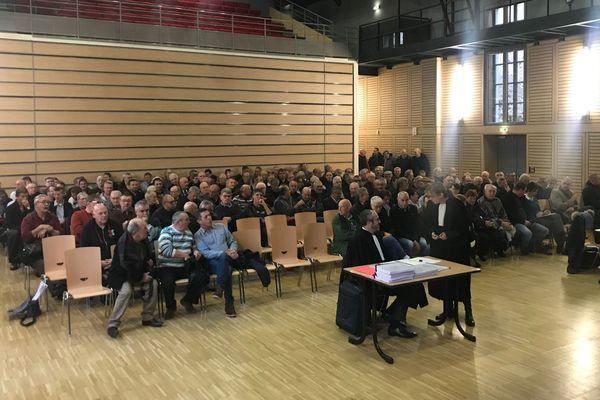 Mercredi 18 décembre, l'audience du conseil de prud'hommes a été délocalisée à la salle Dumoulin de Riom, près de Clermont-Ferrand.