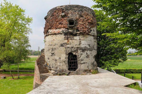 La Tour du Moulin à Bruille-Saint-Amand.