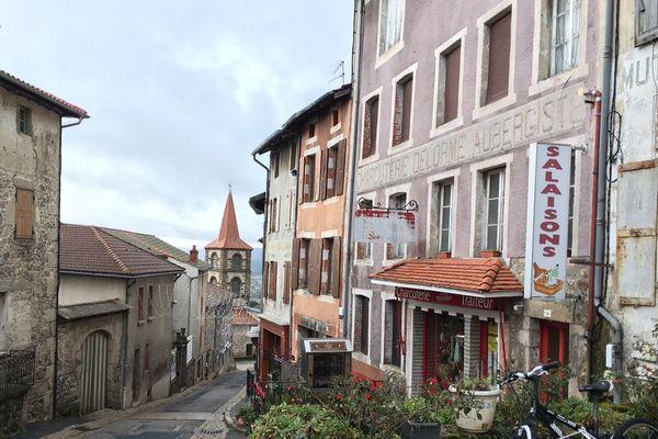 Allègre est l'une des 13 communes retenues en Haute-Loire pour une opération de revitalisation des bourgs centres.