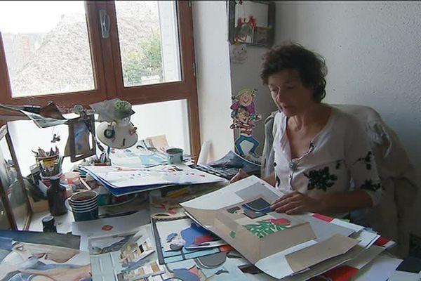 """Fabienne Cinquin, auteur de """"Zette et Zotte à l'uzine"""". Texte de Elsa Valentin."""