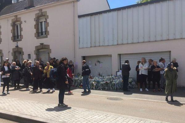 Le lieu de l'accident juste avant l'arrivée des participants à la marche blanche à Lorient