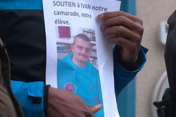 Forte mobilisation en Mayenne autour de l'expulsion d'Ivan est clandestin alors que sa famille est en situation régulière