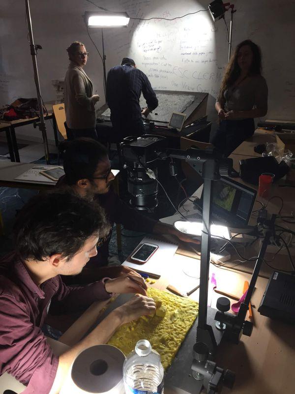 Les élèves du Lycée Descartes de Cournon d'Auvergne réalisent un film d'animation.