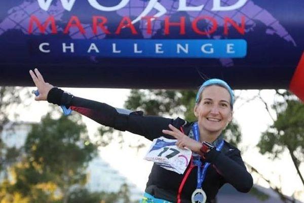 7 marathons en 7 jours sur 7 continents, Emma Dumont Clair est allée au bout du World Marathon Challenge.