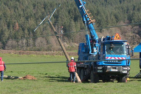 Les interventions urgentes sur le réseau électrique se poursuivent.