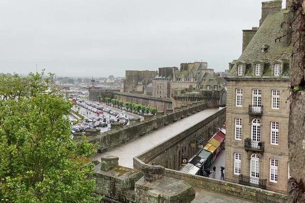 intra-muros à St Malo : un quota de 12,5% imposé pour limiter l'explosion des locations de courte durée.