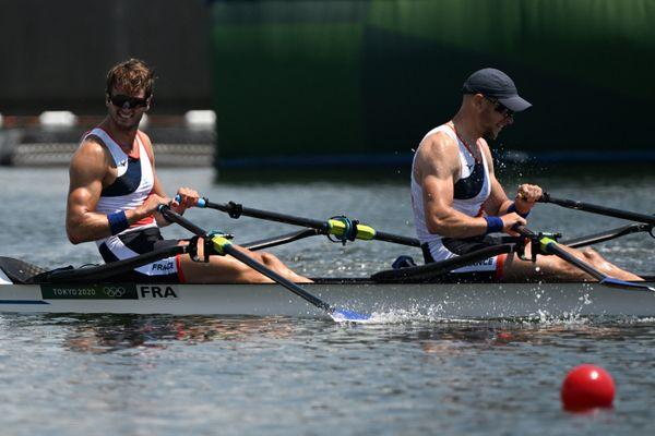 Hugo Boucheron et Matthieu Androdias affronteront en finale les équipes de Grande-Bretagne, Pologne, Suisse, Chine et Pays-Bas.