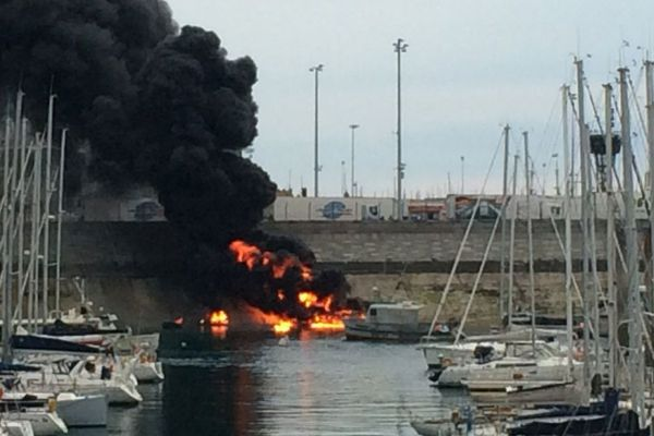 Une vingtaine de bateaux avaient été touchés par un incendie le 30 avril dernier dans le port de Saint-Malo.