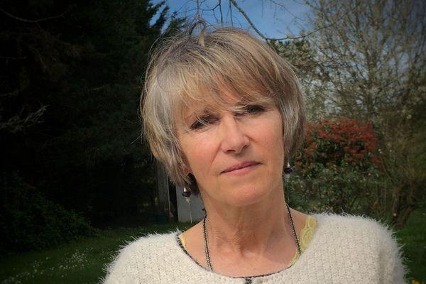 La romancière Anne Bert a été euthanasiée le 2 octobre 2017 en Belgique.