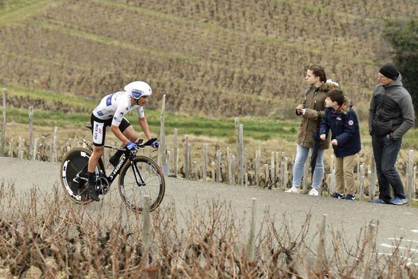 Cette 4e étape accidentée du Paris-Nice pourrait avantager des puncheurs comme Julian Alaphilippe, victorieux lors du contre-la-montre individuel du mont Brouilly en 2017 (photo).