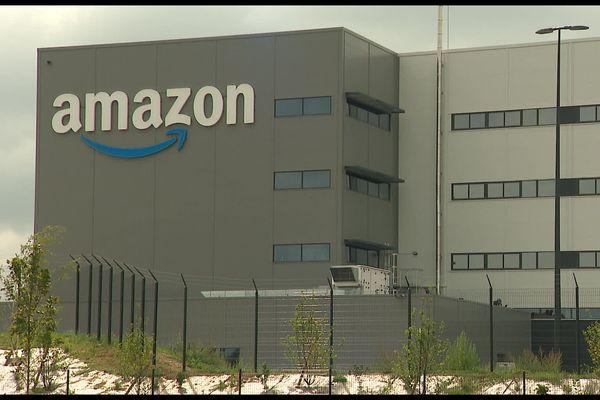 Le nouveau centre Amazon de Augny (57) lundi 30 août. C'est le plus grand centre de France.