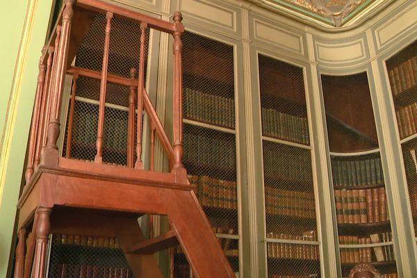 La bibliothèque du château des Ormes