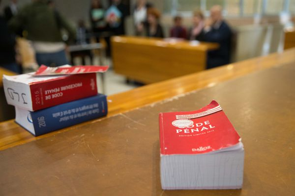 Pour Baptist Agostini-Croce, élève avocat à l'EFB, auteur d'une tribune sur le débat juridique concenrnant la lutte contre le crime organisé en Corse les propositions des collectifs anti-mafia existent déjà dans le droit positif français.