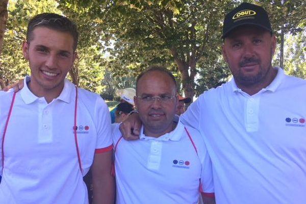 De gauche à droite, Tyson Molinas, Vigo Dubois et Jean-Michel Puccinelli vainqueur de la triplette Chareyre