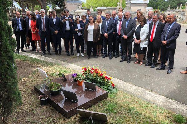 La majorité municipale de Toulouse se recueille sur la tombe de Dominique Baudis