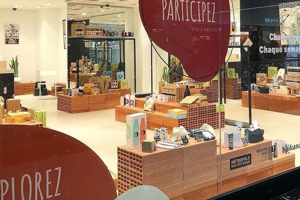 Le Pop Up Initiative Nice Côte d'Azur offre de la visibilité aux entrepreneurs.