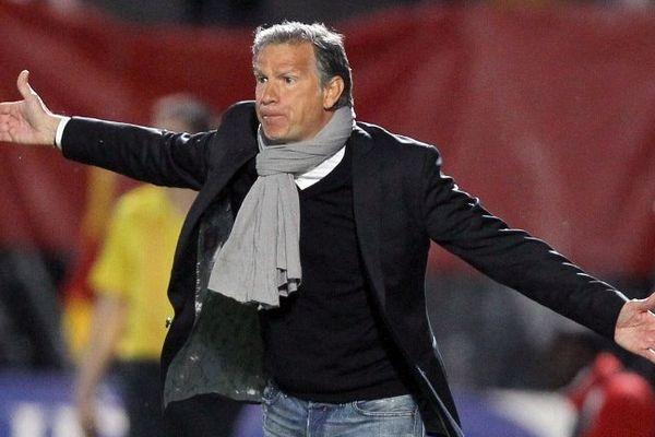 René Marsiglia entraîneur du Nîmes Olympique.