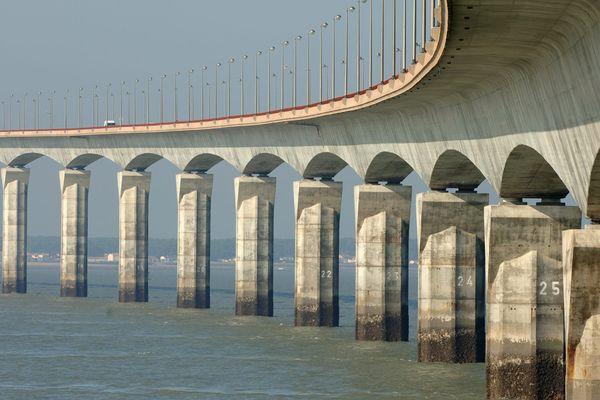 Pont d' île de Ré (image d'illustration)