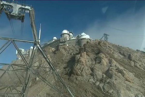 le Pic du Midi est un observatoire scientifique situé à 2877m d'altitude dans les Pyrénées