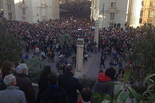 Montpellier - la foule dans le quartier antigone - 11 janvier 2015