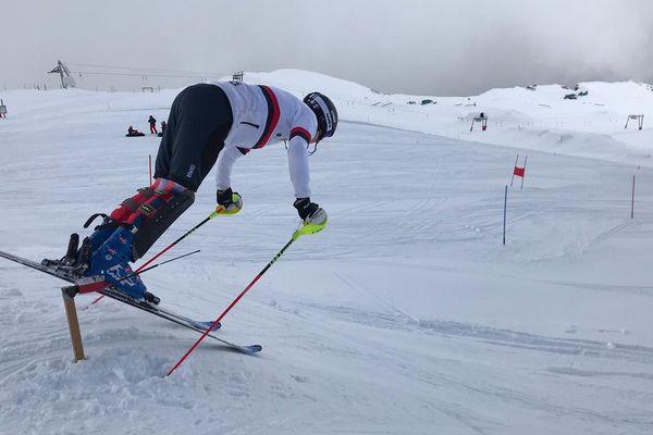 Le skieur Français Clément Noël a repris l'entraînement aux Deux-Alpes (Isère).