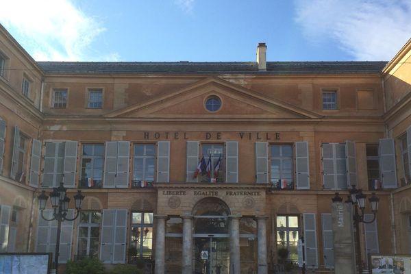 Le rassemblement d'hommage débutera devant la mairie de Clichy-sous-Bois