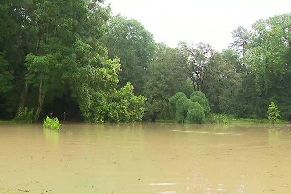 La Lorraine a été touchée par des inondations et des débordements de cours d'eau, comme ici à Bar-le-Duc (Meuse), à la suite d'un épisode pluvieux important, mercredi 14 et jeudi 15 juillet 2021.