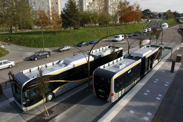 Trams, busway et bus perturbés par un mouvement social à Nantes le 29 mars 2014