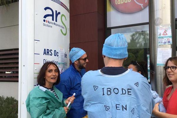 Montpellier - les infirmiers rassemblés devant l'ARS - 16.10.19