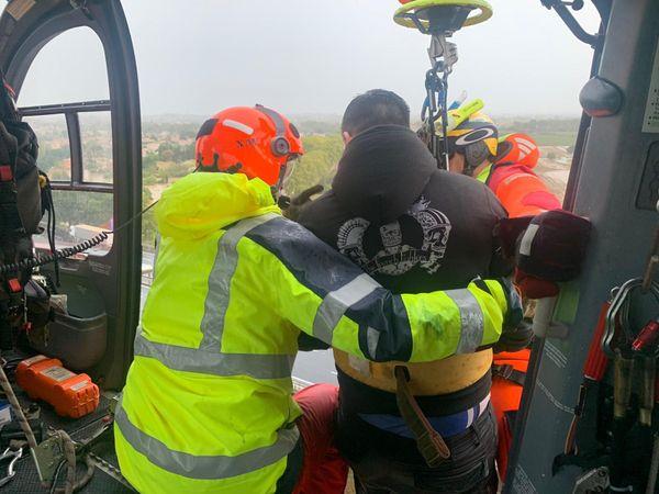 Hélitreuillage par les pompiers dans le secteur de Béziers
