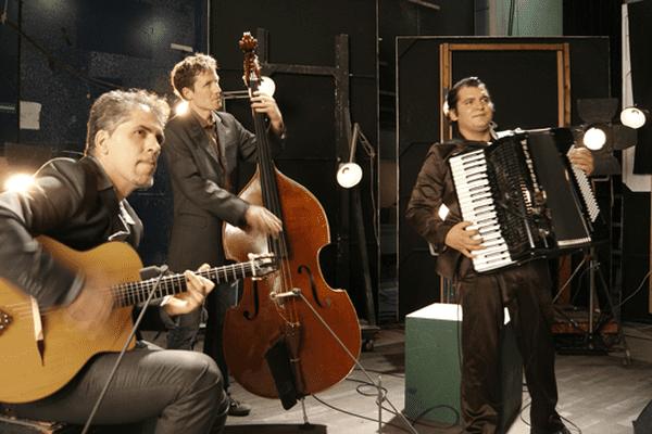Marian Badoï Trio dans le Backstage de France 3 Rhône-Alpes