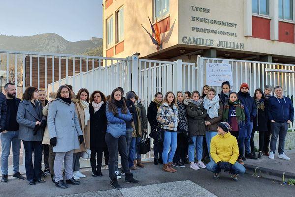 Le personnel du Lycée Camile Jullian a fait valoir son droit de retrait.