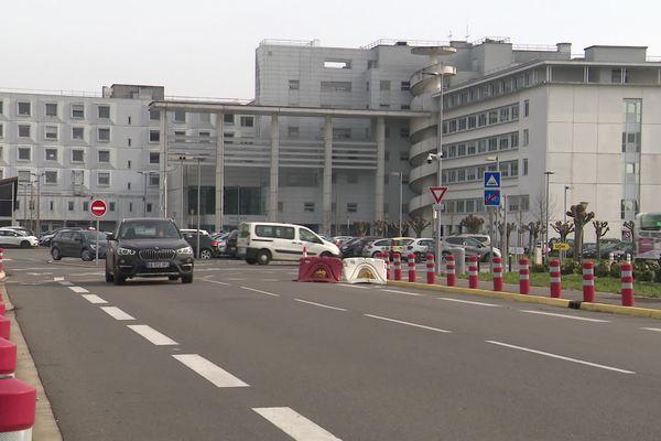 """""""Les fortes perturbations dans l'effectif médical de ce service à partir de 2018 ont provoqué des difficultés dans la prise en charge de patients"""", indique le rapport de la Cour Régionale des Comptes."""