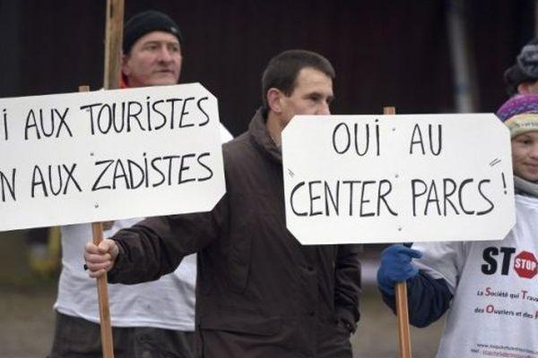 Les défenseurs du projet Center Parcs en manifestation le 7 décembre