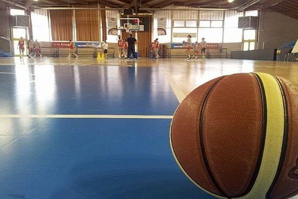 Lattes (34) : la salle de basket des filles du BLMA