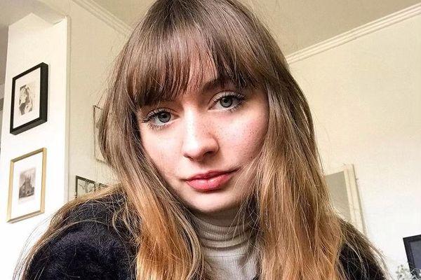 Anna Mangeot a créé sa chaîne TikTok anna_inparis où elle fait connaître l'asexualité.