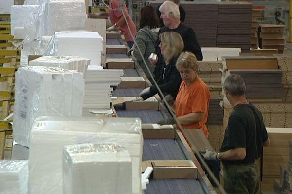 archives au sein de l'usine de meubles en kit de Parisot SAS à Saint-Loup-sur-Semouse