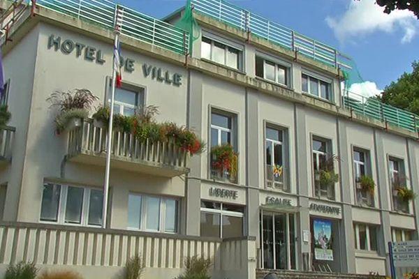 Le maire de Saint-Brévin déplore le manque de concertation