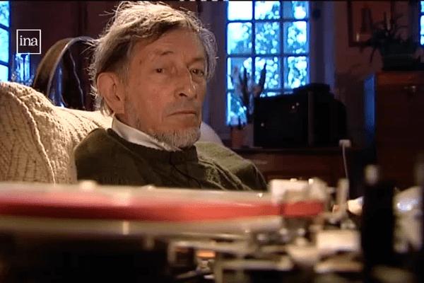 Albert Poulain était aussi un collecteur de contes et de chansons Gallo