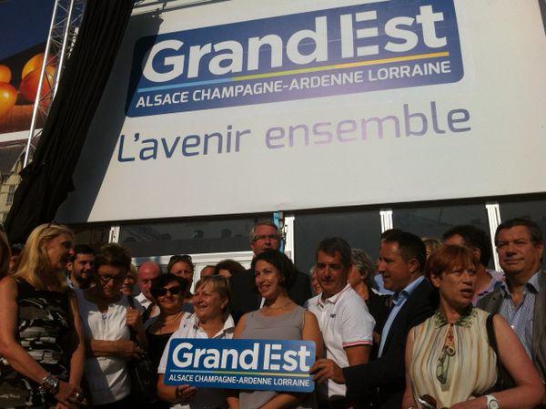 La présentation du logo de la région, à Chalons-en-Champagne, le 28 août 2016.
